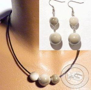 Комплект - Колие с шнур от изкуствена кожа и перли + Обеци